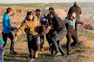 Lebih dari 205 orang Palestina telah tewas dan lebih dari 22 ribu lainnya cedera oleh pasukan Israel sejak protes Pawai Akbar Kepulangan digelar di perbatasan Jalur Gaza pada 30 Maret 2018. Sebagian besar korban meninggal pada 14 Mei 2018, ketika pasukan Israel menyerang pemrotes Palestina yang menggelar peringatan ke-70 pendudukan Israel atas Palestina.