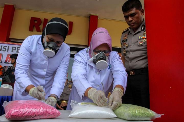 Polda Riau Musnahkan 37 Kg Sabu dan75 Ribu Ekstasi
