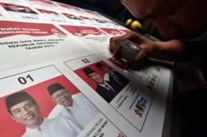 Komisi Pemilihan Umum (KPU) resmi memproduksi surat suara Pilpres untuk kebutuhan Pemilu 2019, sebanyak 187.975.930 lembar surat suara.