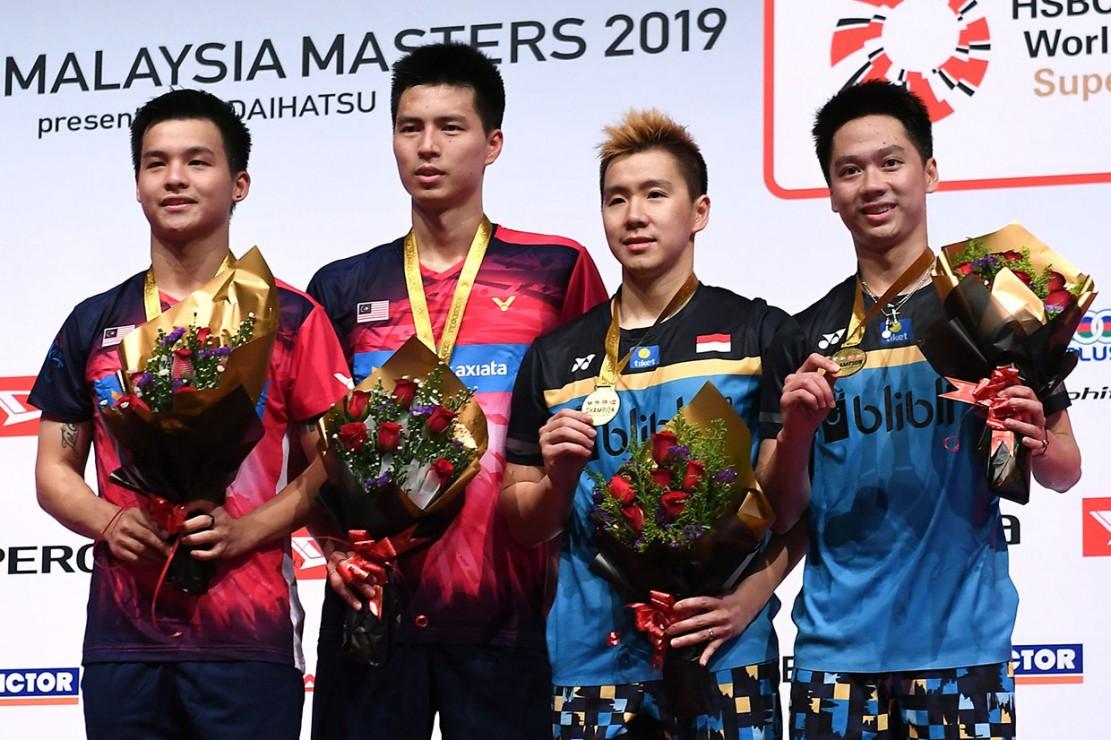 Pasangan nomor satu dunia tersebut menang dua set langsung dengan skor 21-15 dan 21-16 selama 36 menit permainan pada pertandingan final turnamen tingkat Super 500 itu.