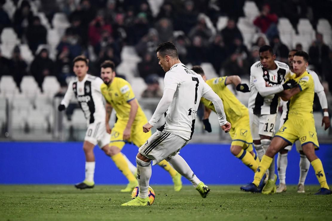 Juventus mendapat penalti pada menit ke-52 setelah Mattia Bani handball. Namun tembakan Cristiano Ronaldo dapat digagalkan Stefano Sorrentino.