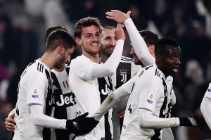 Juventus menambah keunggulannya menjadi 3-0 lewat sundulan Daniele Rugani menyambut assist Federica Bernardeschi dari tendangan bebas di menit ke-84.