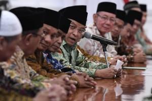 Mereka mendoakan Jokowi agar memenangi pilpres 2019 dan kembali memimpin Indonesia dua periode.