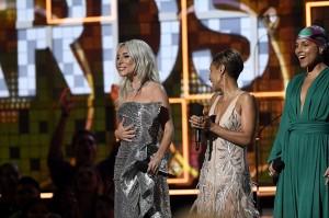 Lady Gaga menjadi salah satu artis yang menjadi sorotan di Grammy Awads ke-61 karena memenangkan penampilan Best Pop Solo Performance. Afp Photo/Kevork Djansezian