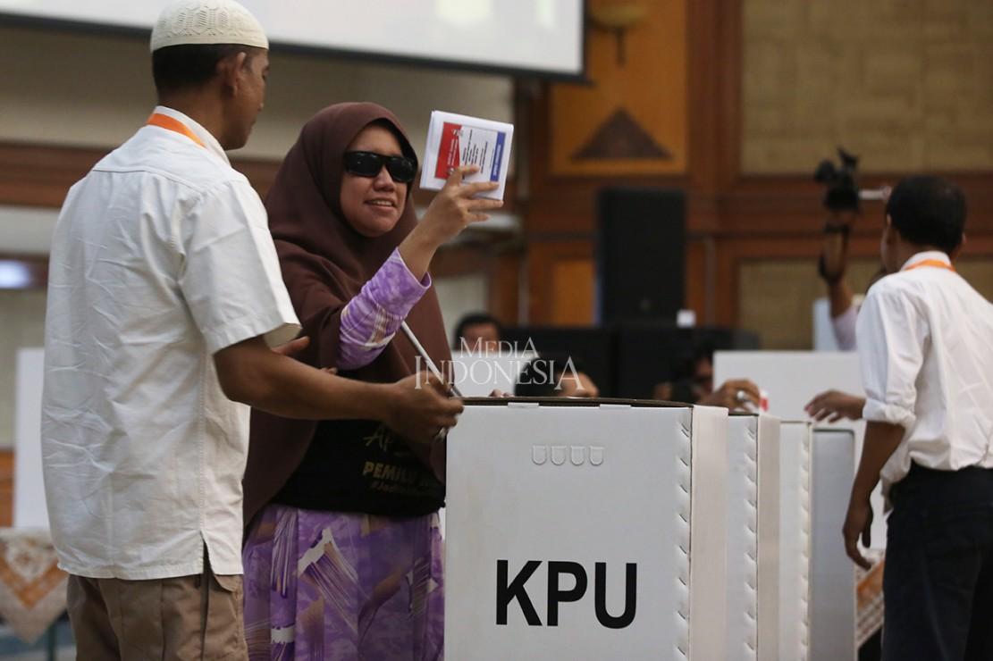 KPU berharap, dengan sosialisasi ini angka partisipasi pemilih penyandang disabilitas di Pemilu 2019 bisa meningkat, dan surat suara tidak sah bisa dikurangi.