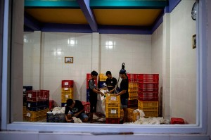 Ular-ular tersebut diekspor secara legal untuk memenuhi kebutuhan menu masakan di Negeri Tirai Bambu tersebut.