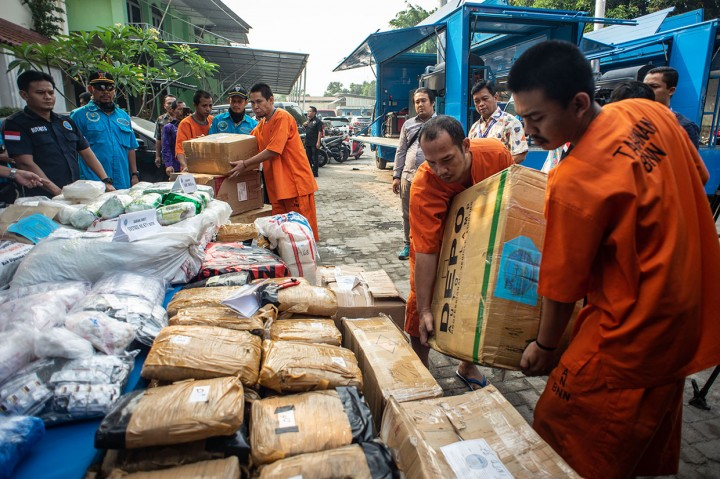 BNN Musnahkan 240 Kg Sabu dan 447 Kg Ganja