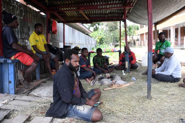 Warga Swadaya Dirikan Pos Keamanan di Wamena