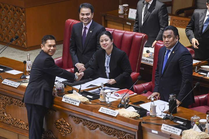 DPR Setujui 5 Calon Hakim Agung dan 3 Ad Hoc