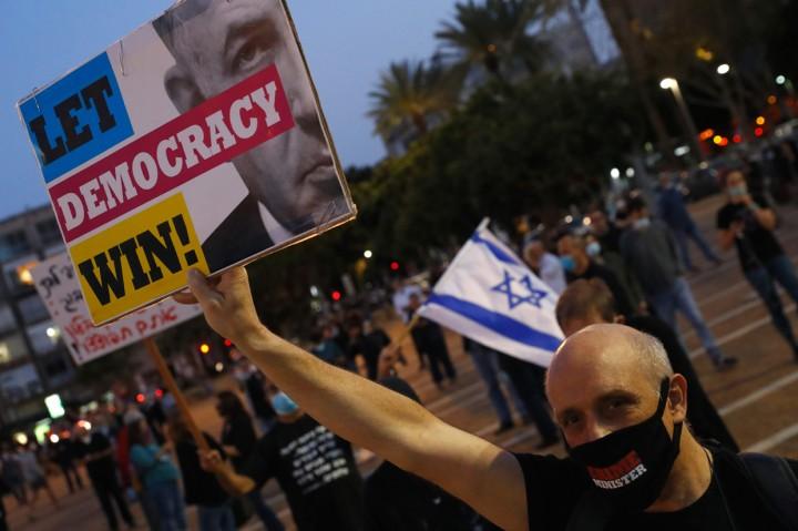 Demo Protes PM Netanyahu, Ribuan Warga Israel Tetap Jaga Jarak