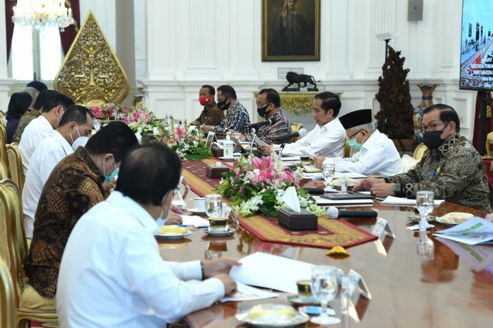 Jokowi Pimpin Ratas Percepatan Pembangunan Tol Sumatera dan