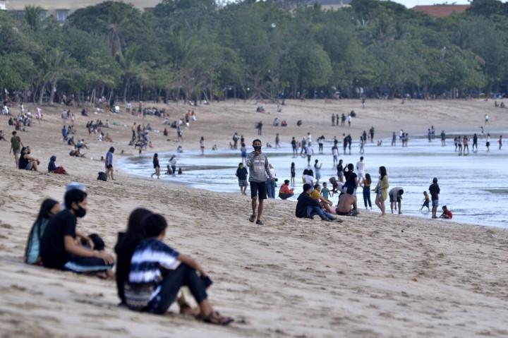 Pantai Kuta Bali Kembali Dibuka