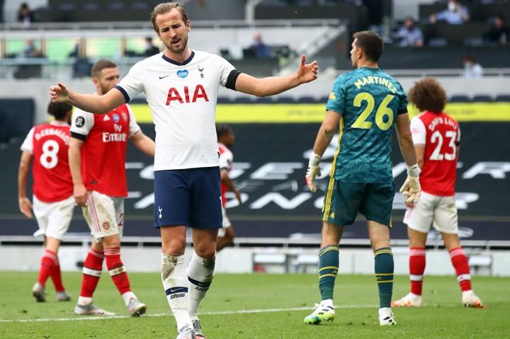 Derby London, Spurs Atasi Arsenal