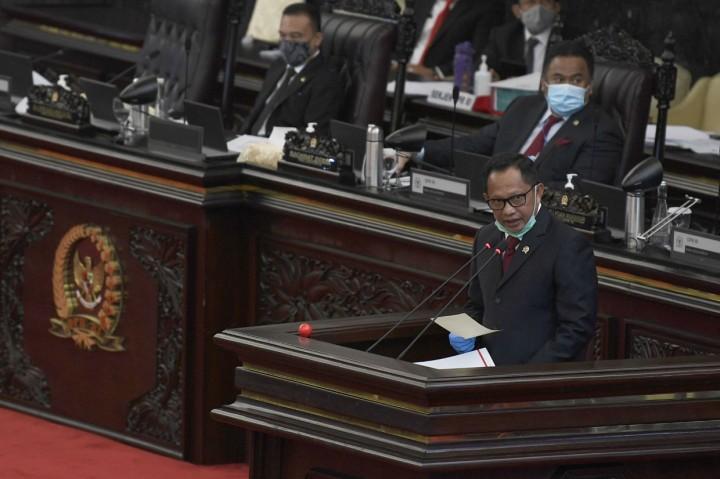 DPR Sahkan Perppu Pilkada Jadi Undang-undang
