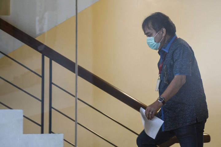 KPK Periksa Tersangka Suap Proyek PUPR Hong Arta