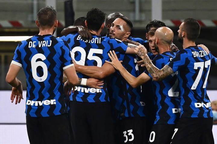 Hantam Napoli 2-0, Inter Naik ke Peringkat Kedua