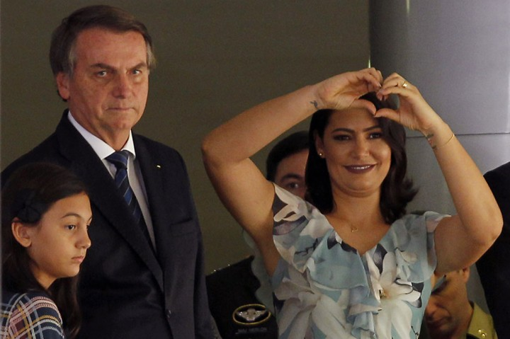 Ibu Negara Brasil Positif Covid-19