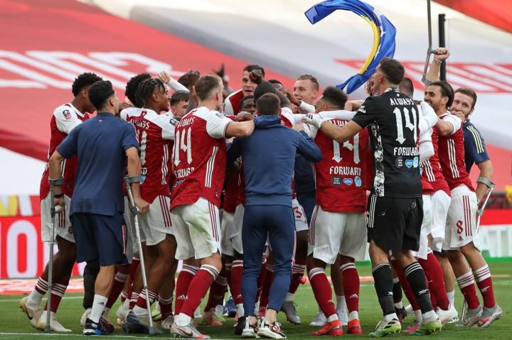 Arsenal Juara Piala FA