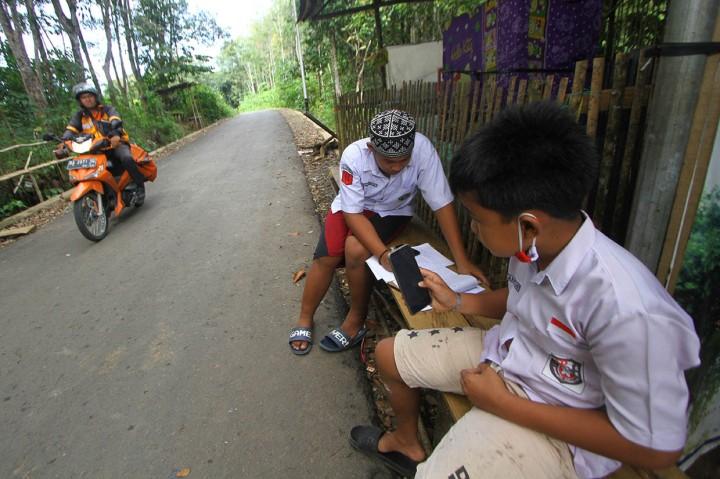Kendala Akses Internet Sekolah Daring