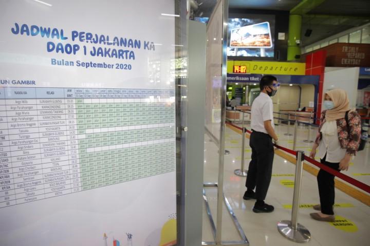 KAI Daop 1 Jakarta Tambah 41 Perjalanan Kereta