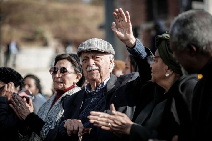 George Bizos, Pengacara dan Teman Dekat Mandela Meninggal Dunia