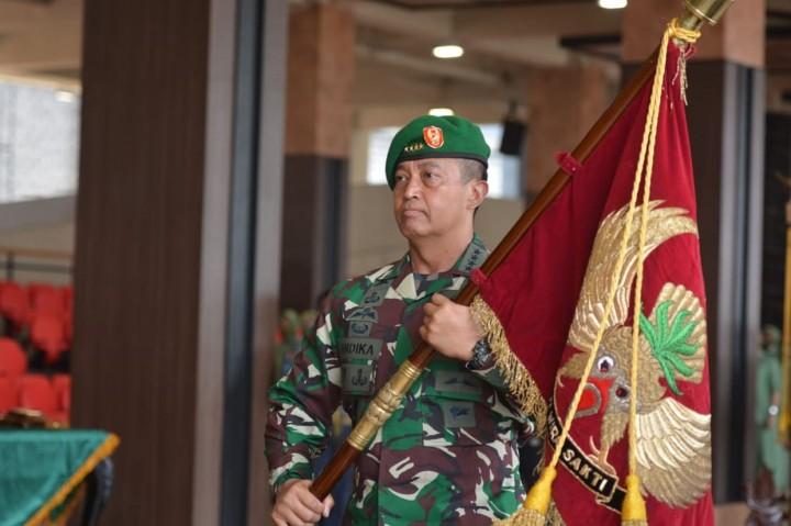 KSAD Pimpin Sertijab Lima Jabatan Strategis