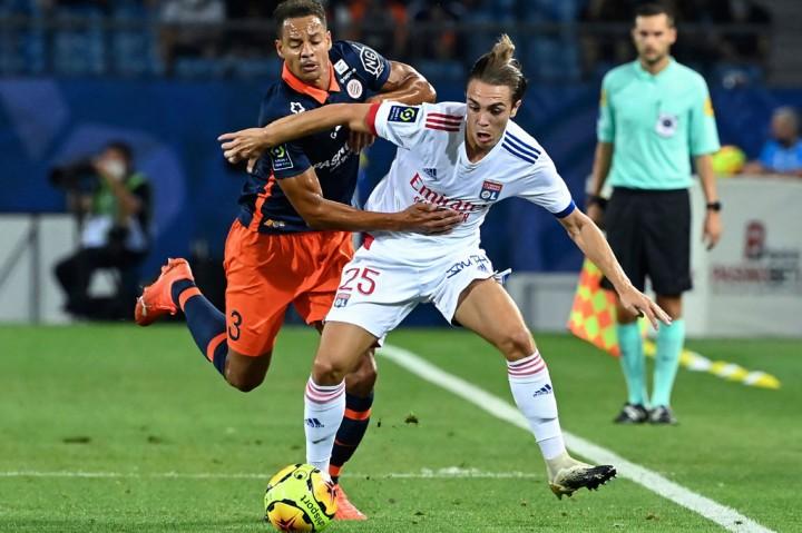 Montpellier Kalahkan Lyon 2-1