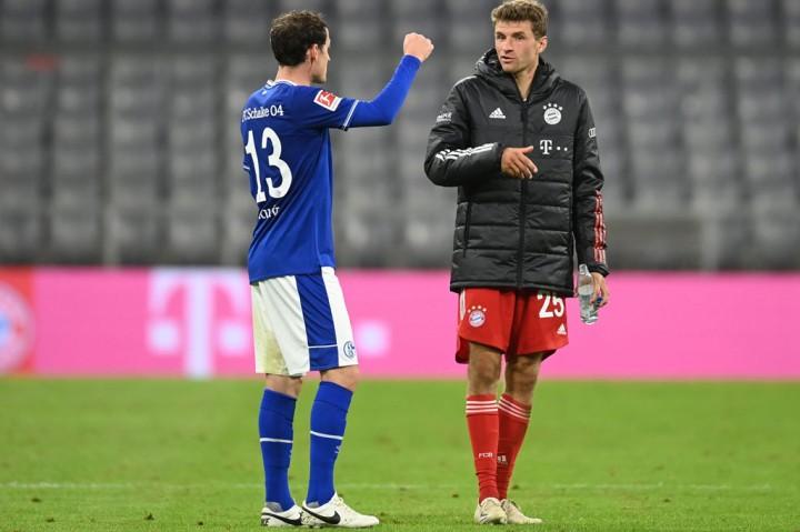 Muenchen Pesta Delapan Gol ke Gawang Schalke