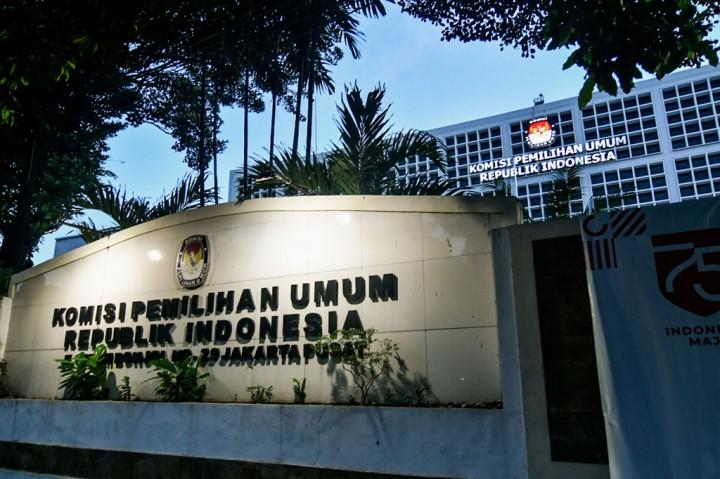 Kantor KPU Ditutup Sementara