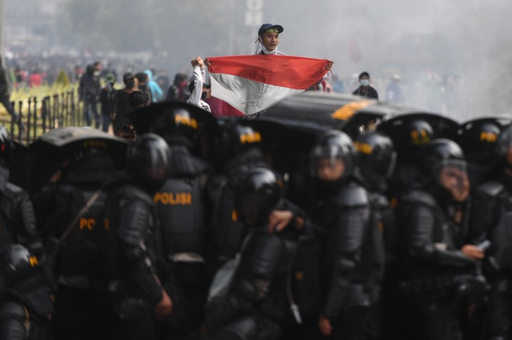 Suasana Demo Tolak UU Ciptaker di Jakarta