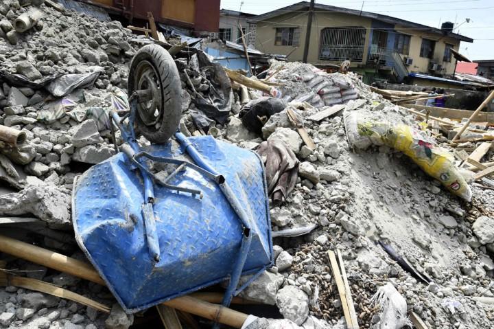 Gedung Tiga Lantai di Nigeria Runtuh, Delapan Orang Tewas