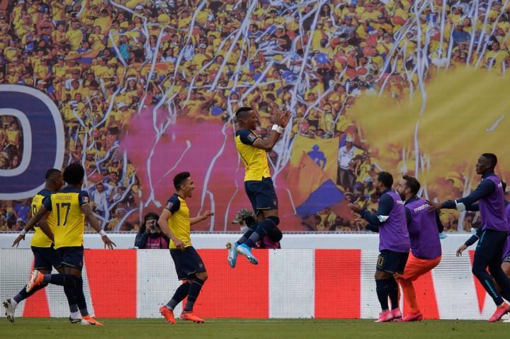 Uruguay Diterkam Ekuador 2-4