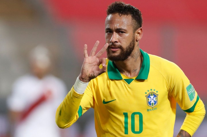 Neymar Hat-trick, Brasil Kandaskan Peru 4-2
