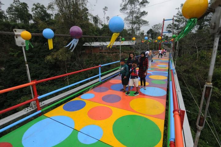 Ayo Kunjungi Jembatan Gantung Instagramable di Lereng Merapi