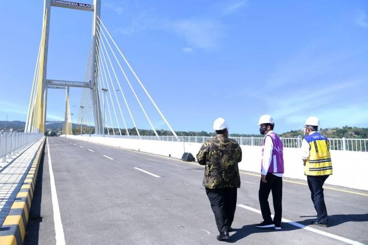 Presiden: Jembatan Teluk Kendari jadi Kebanggaan Baru
