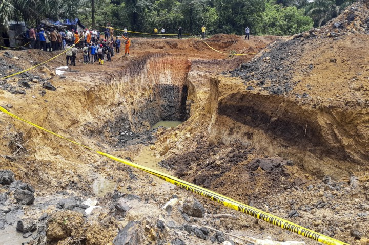 Kondisi Tambang Batu Bara Ilegal di Muara Enim Pascalongsor