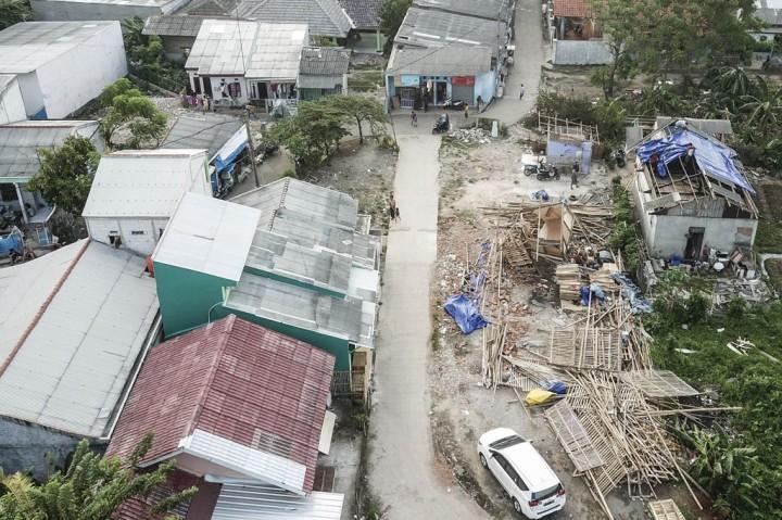 Kondisi Ratusan Rumah Warga Bekasi Pasca-Diterjang Puing Beliung