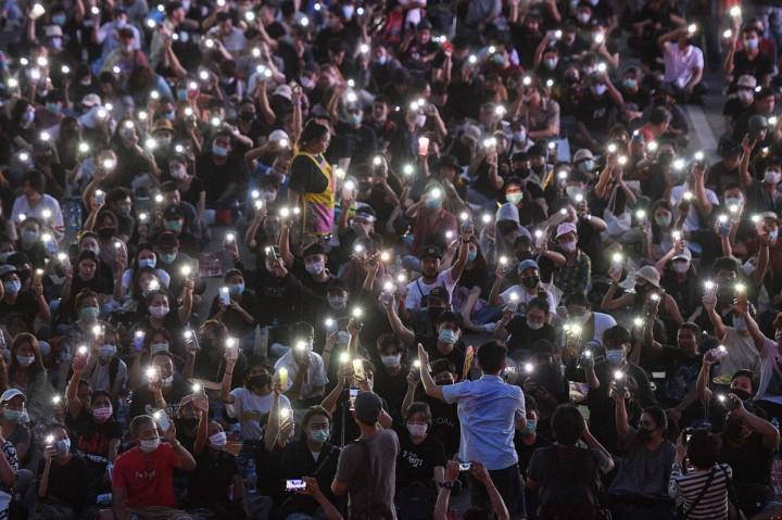 PM Thailand Menolak Mundur, Ribuan Warga Kembali Demo