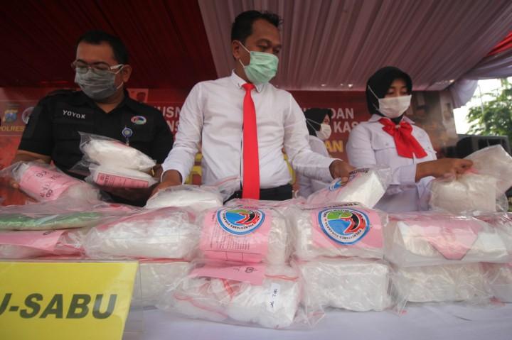 Polrestabes Surabaya Musnahkan 78 Kg Sabu dan 14 Ribu Pil Ekstasi