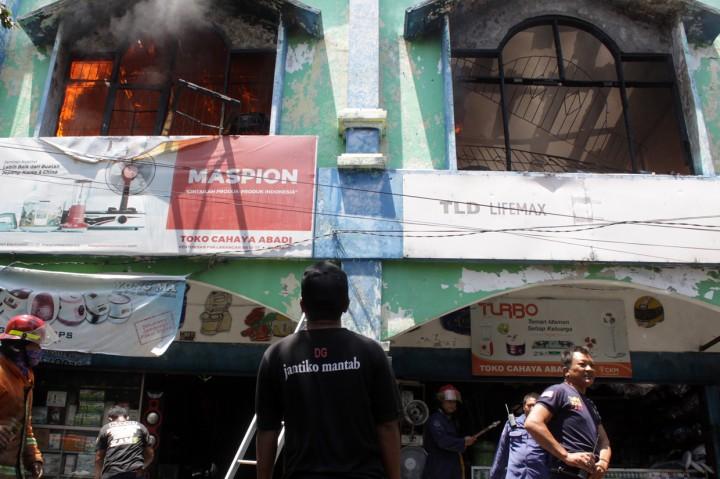 Pasar Larangan Sidoarjo Terbakar