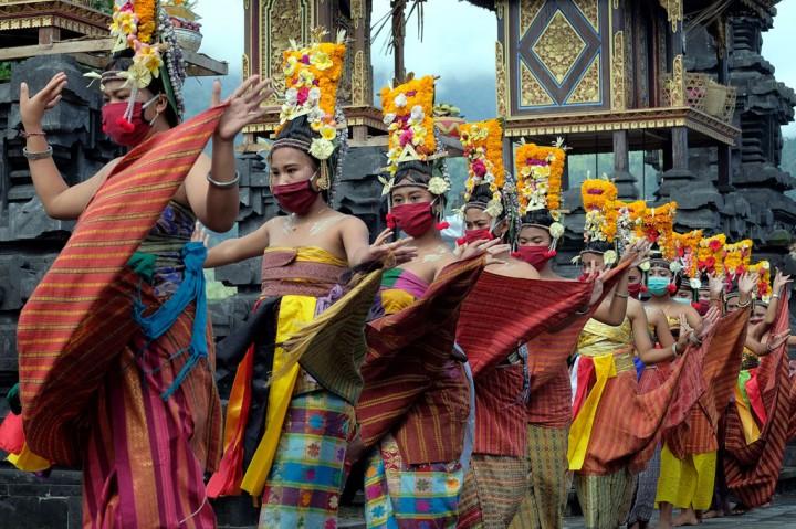 Potret Adat dan Budaya Bali di Tengah Pandemi