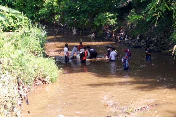 'Bersih Sungai', Cara Warga Kalisuren Jaga Kelestarian Lingkungan