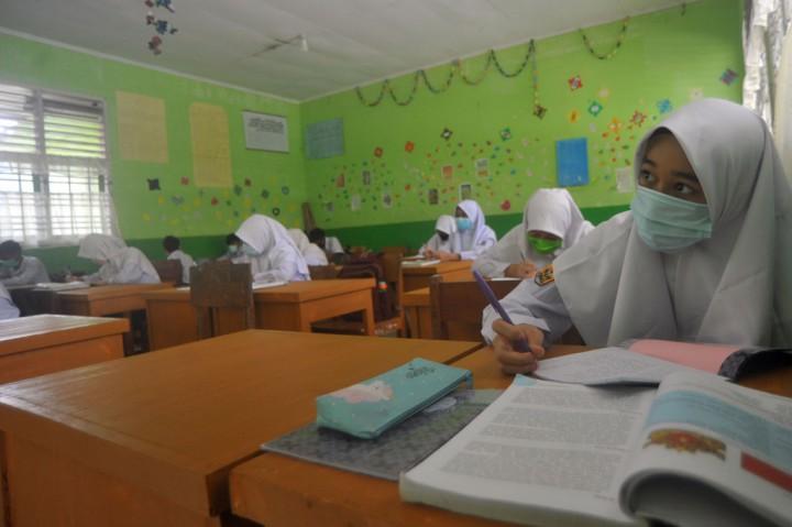 Sekolah di Pariaman Mulai Pembelajaran Tatap Muka