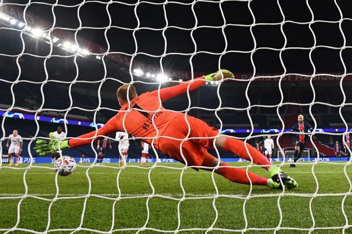 Liga Champions: Penalti Neymar Bawa PSG Tundukkan Leipzig