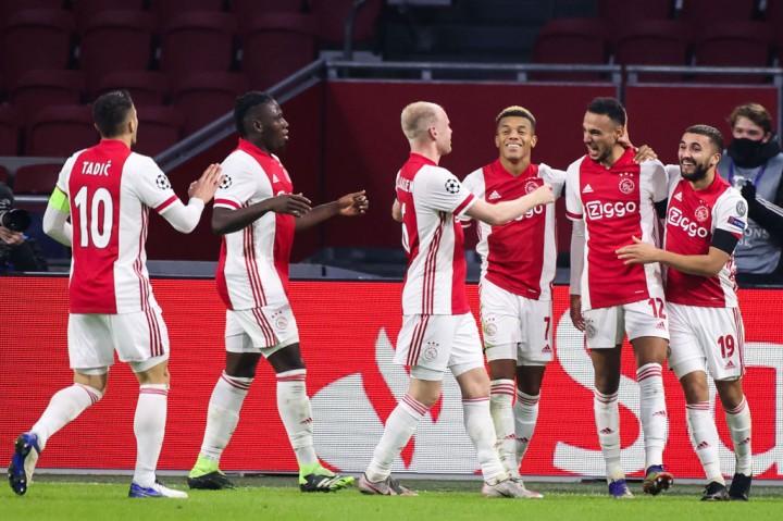 Ajax Depak Midtjylland dari Liga Champions