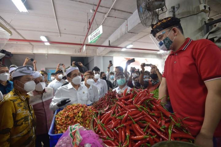 Menteri Perdagangan Pantau Harga Sembako di Pasar Badung Denpasar