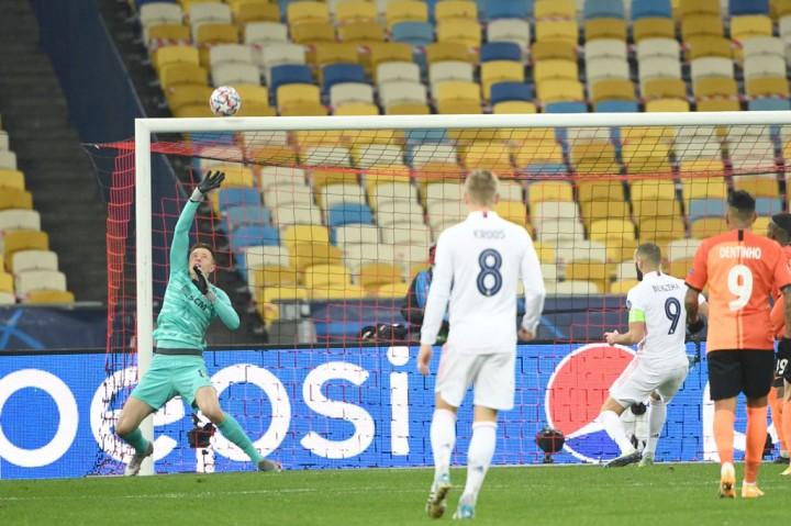 Shakhtar Donetsk vs Real Madrid: Los Blancos Kalah 0-2