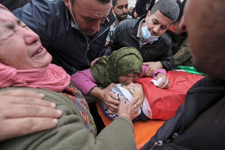 Remaja Palestina Meninggal Ditembak Tentara Israel Dimakamkan