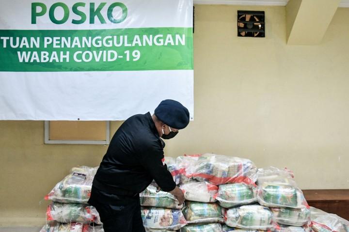 Garda Pemuda NasDem Beri Bantuan 400 Paket Sembako untuk Tenaga