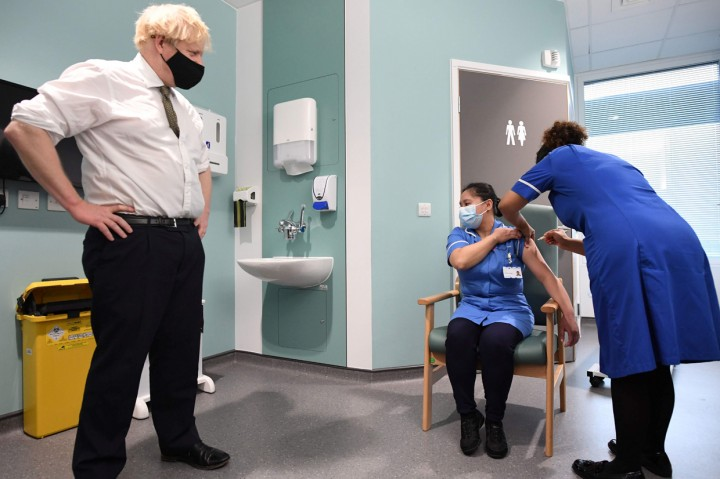Inggris Mulai Gunakan Vaksin Covid-19 AstraZeneca